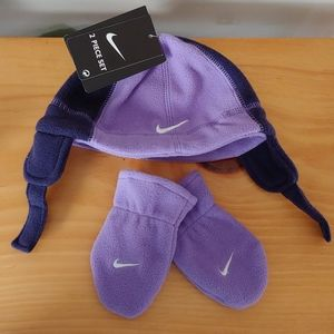 Nike Brand Infant Hat and Mitten Set